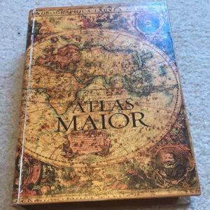 Other - Hidden book